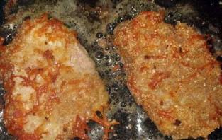 Отбивные из телятины на сковороде - фото шаг 6