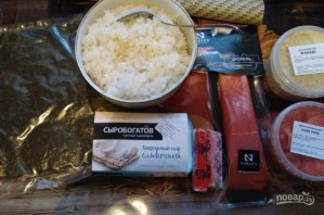 Роллы с форелью и сливочно-творожным сыром - фото шаг 3