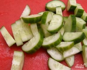 Греческий салат с винным уксусом - фото шаг 1