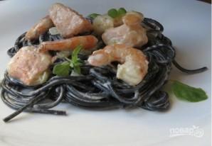 Спагетти с чернилами каракатицы в сливочном соусе - фото шаг 8