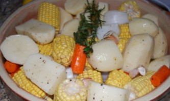 Курица, запеченная целиком с овощами - фото шаг 2