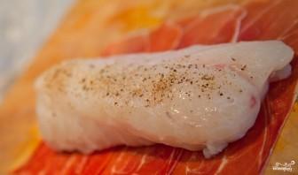 Рыба-меч в беконе - фото шаг 2