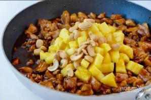 Рецепт курицы с ананасом - фото шаг 2