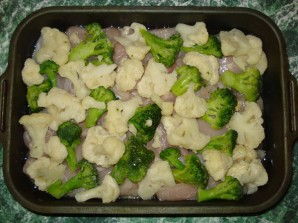 Курица с брокколи и цветной капустой - фото шаг 4