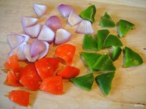 Овощные шашлычки на шпажках - фото шаг 2