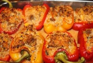 Фаршированные половинки перца в духовке - фото шаг 13