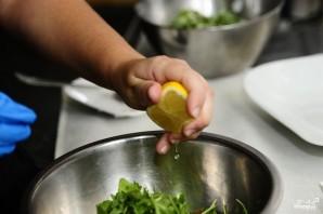 Салат из арбуза с помидорами - фото шаг 5