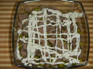Печеночный салат слоями - фото шаг 8