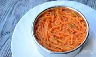 Салат с крабовыми палочками и корейской морковью - фото шаг 4