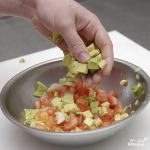 Салат с авокадо и семгой - фото шаг 5
