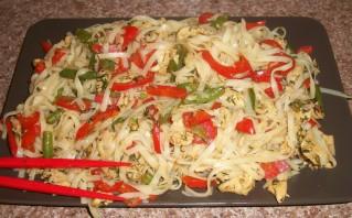 Куриная грудка, тушенная с овощами - фото шаг 4