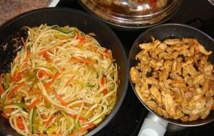 Курица с овощами по-японски - фото шаг 5