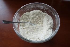 Печенье на кефире в духовке - фото шаг 1