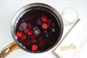 Компот из фруктов и ягод: 3 рецепта - фото шаг 9