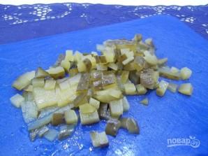 Салат со свеклой, сыром и яйцами - фото шаг 3