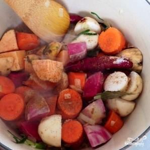 Тушеные овощи с красным вином и мускатным орехом - фото шаг 3