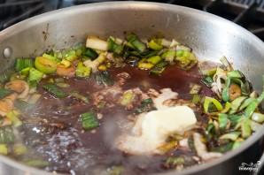 Стейк из говядины на сковороде - фото шаг 9