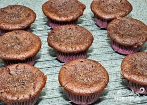 Шоколадные капкейки с кремом и шоколадной глазурью - фото шаг 2