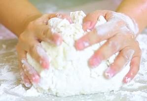 Пирожки в духовке сладкие - фото шаг 3