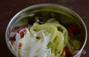 Салат с овощами - фото шаг 4