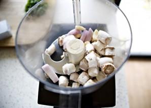 Запеченные грибы с начинкой - фото шаг 1