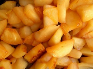 Яблоки на сковороде - фото шаг 3