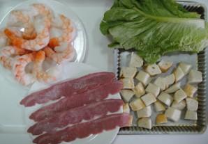Клубный салат с креветками - фото шаг 1