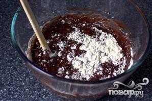 Шоколадные маффины со сливками и вишней - фото шаг 2