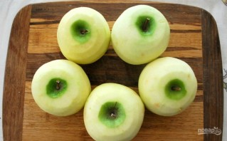Шарлотка с яблоком - фото шаг 1