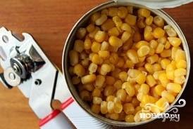 Салат с блинами и кукурузой - фото шаг 5