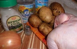 Курица, фаршированная картофелем - фото шаг 1