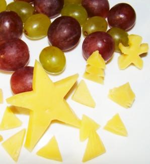 Елочка из фруктов - фото шаг 7