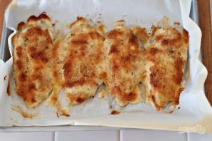 Куриная грудка в кефире в духовке - фото шаг 3