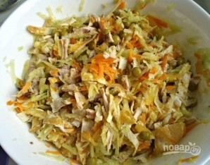 Салат с зеленой редькой - фото шаг 10