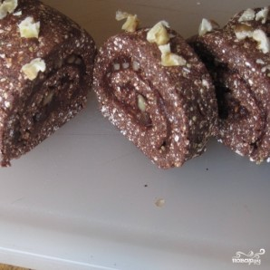 Шоколадный рулет с грецкими орехами - фото шаг 7