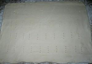Пирог с грибами из слоеного теста - фото шаг 6