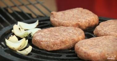 Бургер со свининой - фото шаг 2
