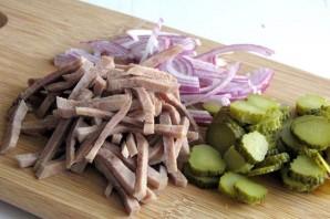 Салат из свиного языка - фото шаг 1