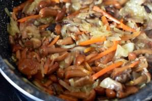 Суп с грибами и красной фасолью - фото шаг 4