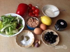 Салат с тунцом и сметанной заправкой - фото шаг 1