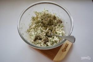 Витой пирог с творожно-сырной начинкой - фото шаг 4