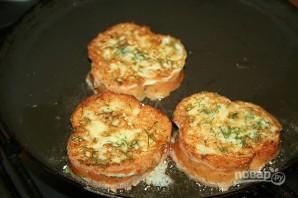 Гренки с помидорами и сыром в духовке - фото шаг 3