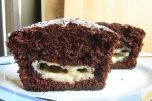 Шоколадные маффины с заварным кремом - фото шаг 5