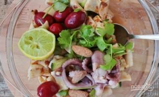 Салат из кальмара с огурцом - фото шаг 4