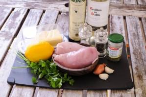 Курица в пикантном соусе - фото шаг 1
