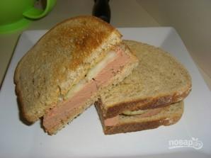 Бутерброд с колбасой - фото шаг 2