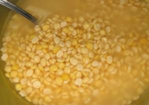 Гороховый суп на косточке - фото шаг 1