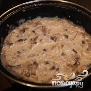 Тефтели с грибным соусом и картофелем по-деревенски - фото шаг 2
