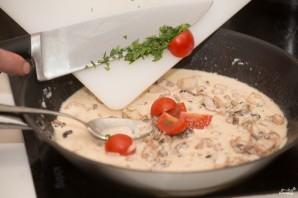 Спагетти с чернилами каракатицы и морепродуктами - фото шаг 5