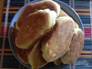 Пирожки жареные (на кефире) - фото шаг 10